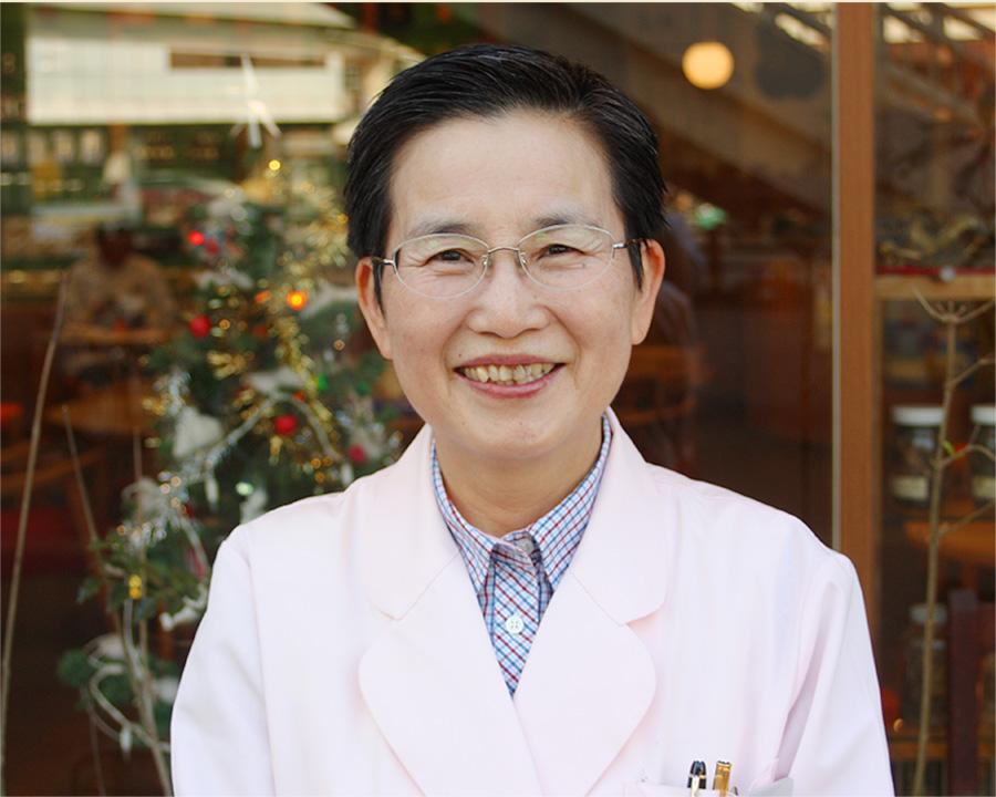 顔写真:薬剤師 歳森 三千代