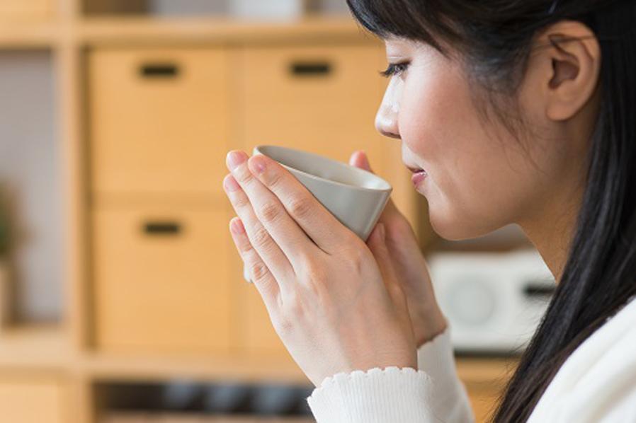 漢方薬は、自然の恵みを活かして心身のバランスを整えます