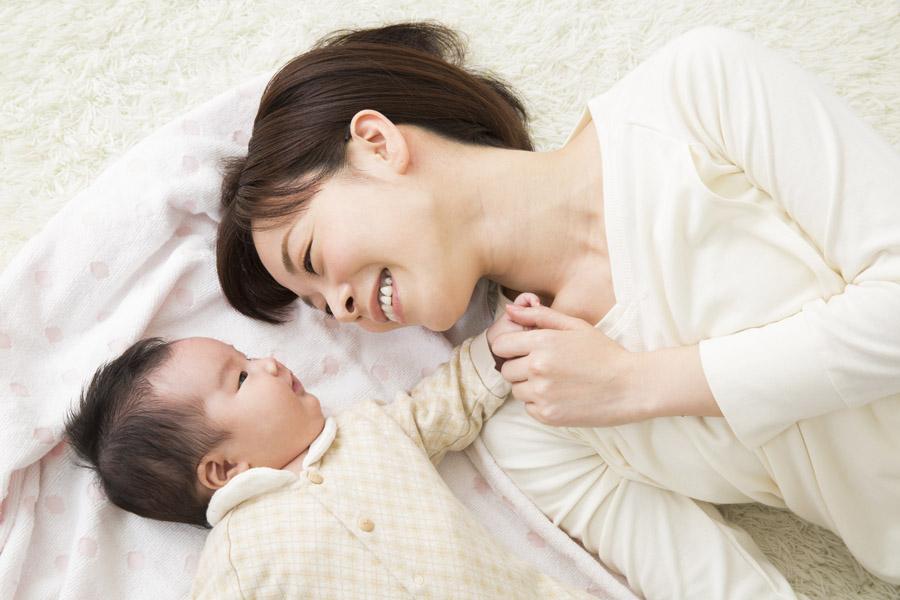 【症例】秋田県在住の女性 漢方と栄養素を1年と3ヵ月服用し、46歳で元気な女の子を無事出産されました!